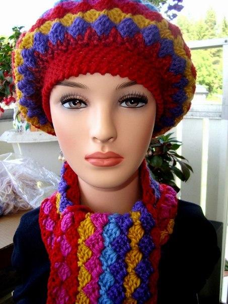 Patrones de boinas a crochet modelo colores