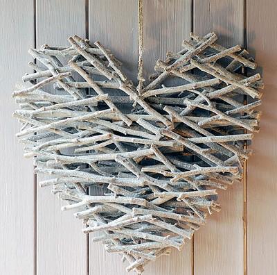 Corazon decorativo con ramas