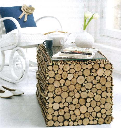 Modelo de mesa hecha con ramas