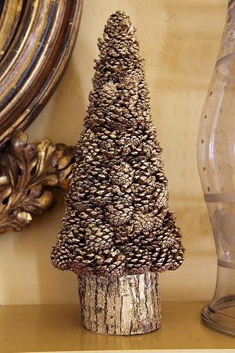 Decorar con pi as ideas para navidad diario artesanal - Arbol de navidad artesanal ...