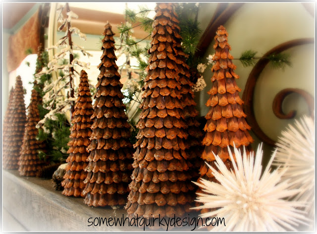 Idea para hacer arboles de navidad decorativos con piñas