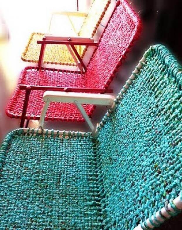 Sillas de jardín recicladas con bolsas