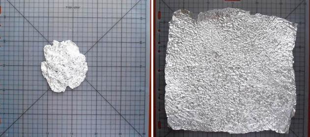 Arrugar y alisar el papel de aluminio
