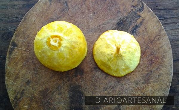 Limpia bien la cáscara de la naranja