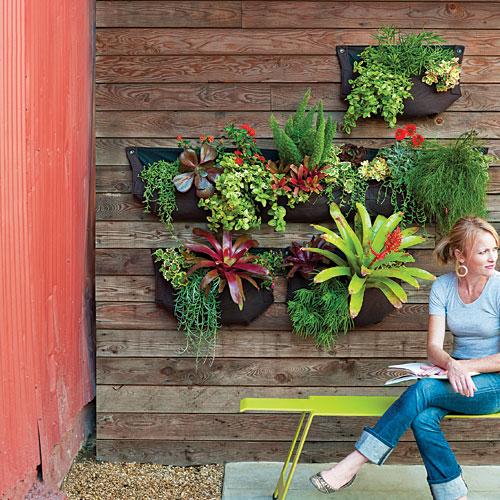 Cómo hacer un jardín vertical con bolsas