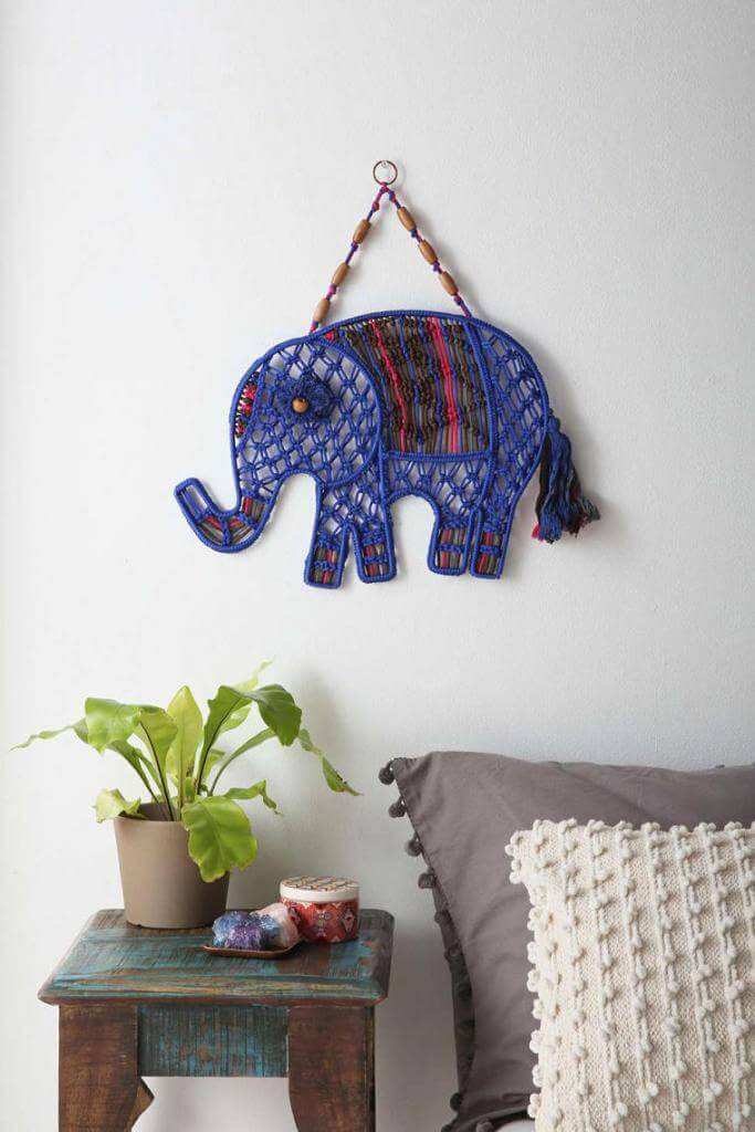 Elefante de macramé para decorar la pared
