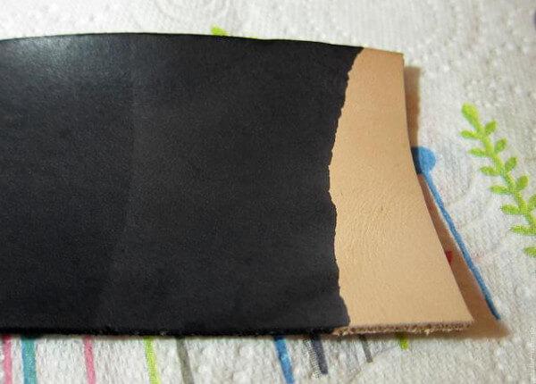 Cómo hacer un tinte casero para cuero de color negro