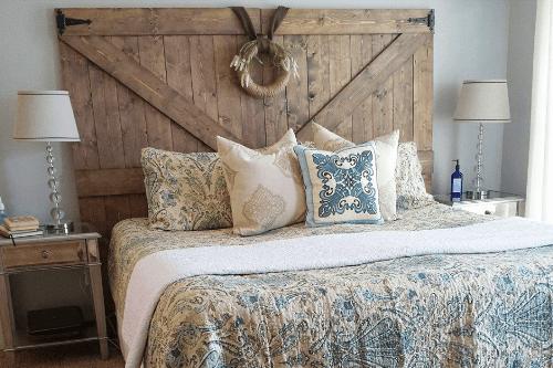 Cabecero de madera de estilo rustico