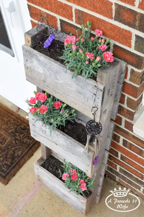Jardin vertical para decorar patio con palets