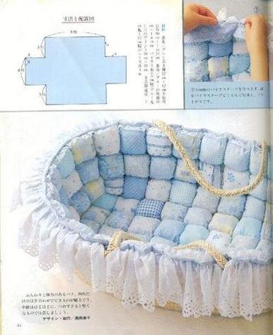 Manta acolchada de burbujas para la cuna del bebe