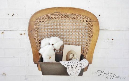 Reciclar una silla y hacer un estante decorativo