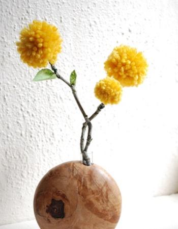 Flores de pompones de lana