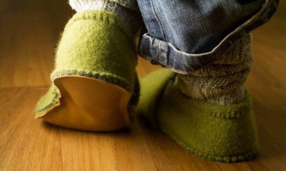 Hacer pantuflas con reciclaje
